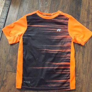 Boys sz Small Russell athletic shirt